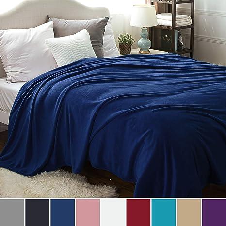 Bedsure Mantas para Sofas de Franela 220x240 cm - Mantas para Cama de 150/135 Reversible de 100% Microfibre Extra Suave - Manta Azul Marino ...