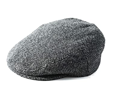 6234983c6e8 Failsworth Stornoway Genuine Harris Tweed Flat Cap  Amazon.co.uk  Clothing