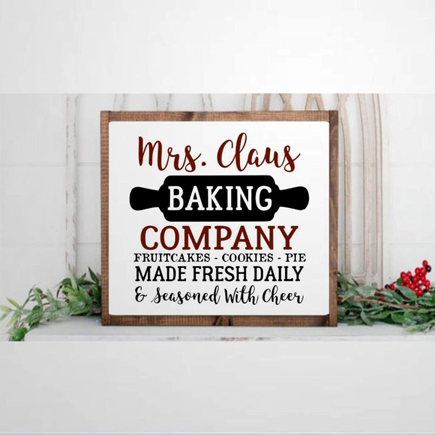 DONL9BAUER Framed Wooden Sign Mrs. Claus Baking Company Wall Hanging Christmas, Farmhouse Kitchen, Holiday Farmhouse Home Decor Wall Art for Living Room