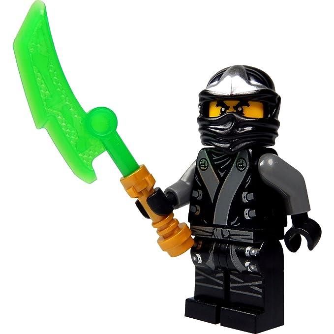 LEGO®Ninjago: Mini Figura Cole (Ninja en Negro) en Kimono – Final Battle Suit con Jade Espada