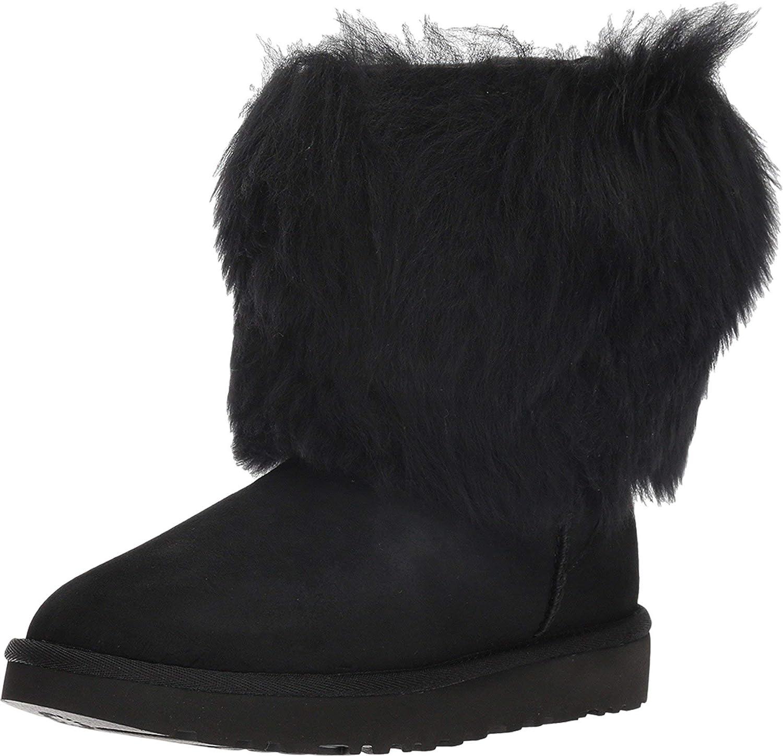 UGG Womens Short Sheepskin Cuff Boot