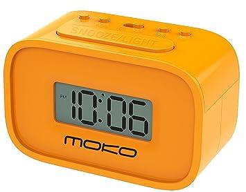 MoKo LED Digital Despertador, Mini Pantalla LCD Reloj de Alta Precisión con Suave Luz de