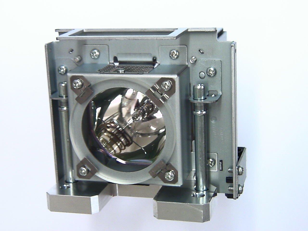 JVC pk-l3310uランプmanufactured by JVC   B01M7S17W1