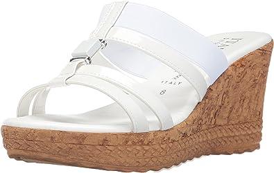 Italian Shoemakers Women/'s Embellished Wedge Heel Sandal Beige Sizes 8 /& 9 New