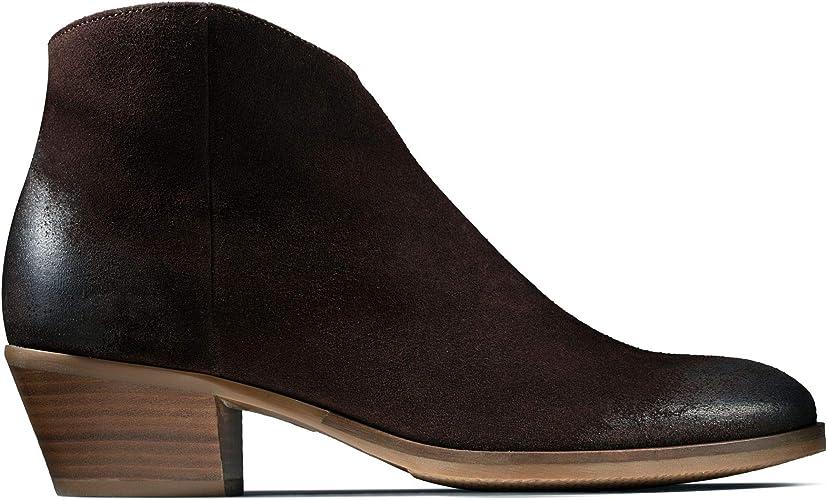 Clarks Mila Myth Suede Boots in Dark