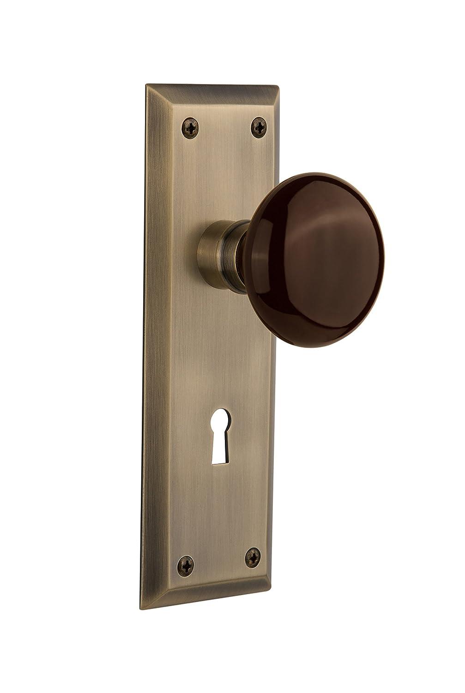 Nostalgic Warehouse新しいYorkプレートwith Keyholeブラウン磁器ノブ Privacy - 2.375