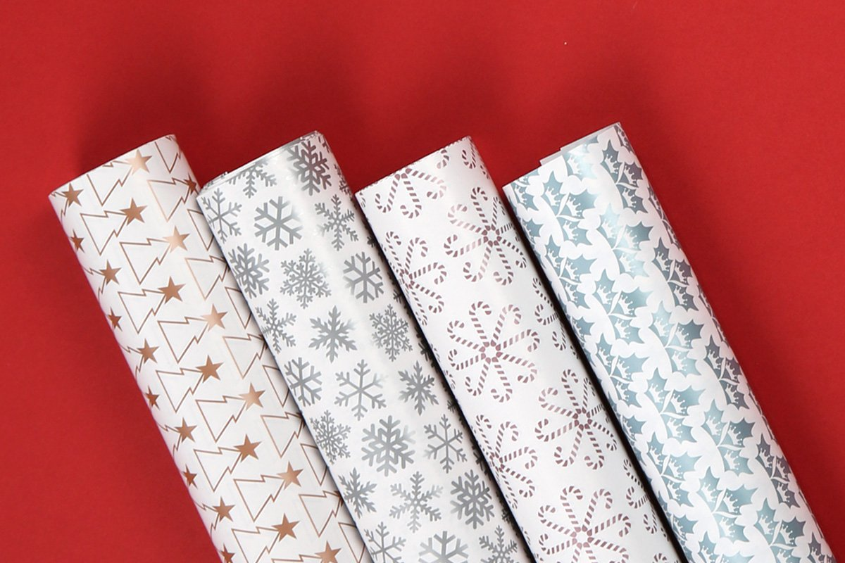 8 Sheets in 4 Festive Designs Say Nice Things Xmas Present Wrapping Paper Set Seasonal Wrapping Paper