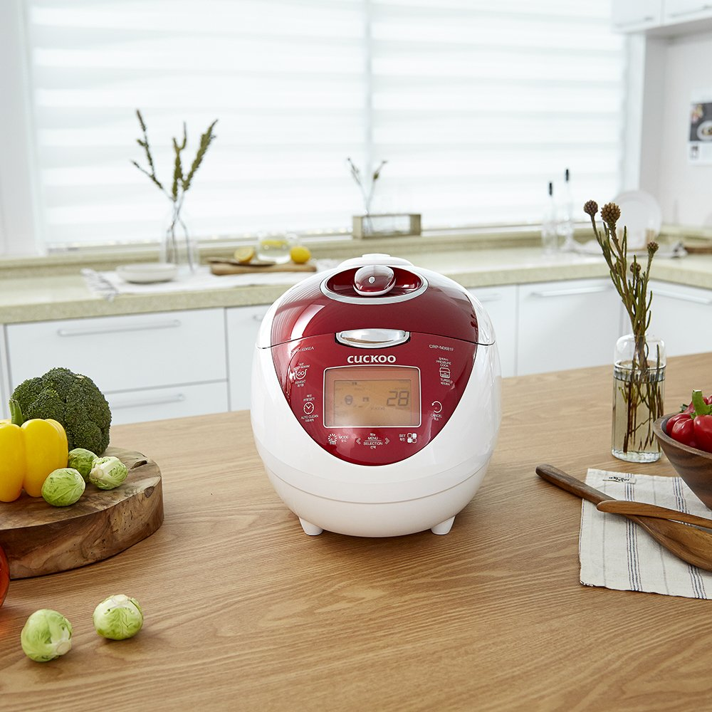 Fuzzy Logic /& Intelligent Cooking Vivid Red and Korean Voice in English Chinese Cuckoo Multifunctional /& Programmable Electric Pressure Rice Cooker with a 6 Cup Diamond Coated Pot