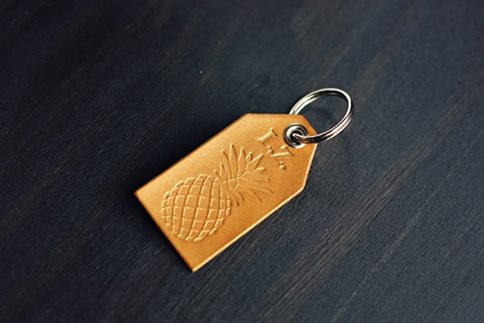 2d35b4cc1d4a3 Amazon.com  Custom Personalized Leather Tag