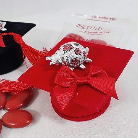 Coccinella Argentata per confezionare bomboniere + Tocco per Laurea Confetti  (Tocco Rosso) ef1015bc1059