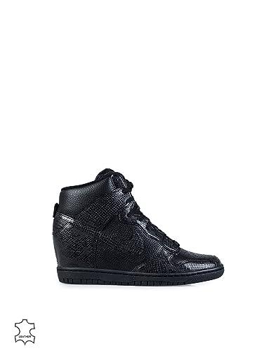 sale retailer e01dc a32b4 Nike Damen Dunk Sky HI SchwarzWeiß 40,5