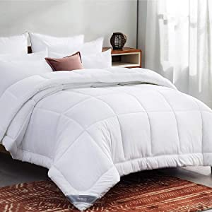 Bedsure White Down Alternative Comforter King- All-Season Quilted Comforter Duvet Insert with Corner Tabs - 300GSM Plush Microfiber Fill - Machine Washable