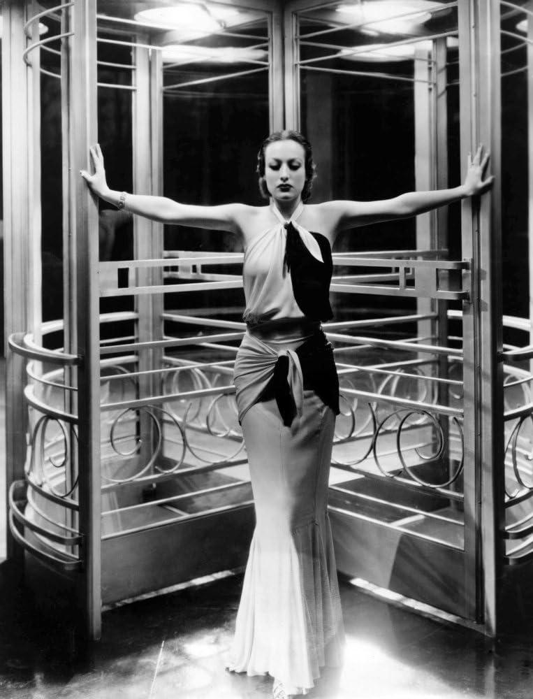 Amazon Com Posterazzi Grand Hotel Joan Crawford 1932 Photo Poster Print 8 X 10 Posters Prints