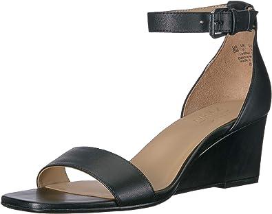 Naturalizer Women's Zenia Shoe, Black Leather, 5.5 M US