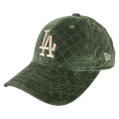 4dfc6bd4feb New Era 9FORTY LA Dodgers Winter Pack Womens Adjustable Cap - LA Dodgers   Amazon.co.uk  Clothing