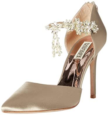 08a63b77c501f Badgley Mischka Women's Venom Pump