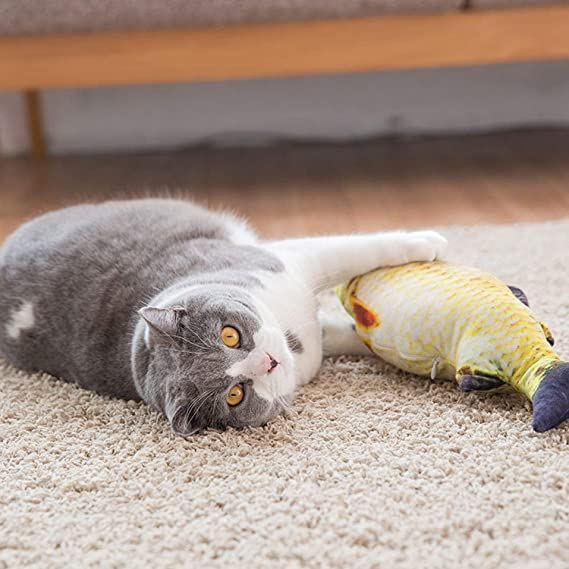 Fish Shape Cat Toy Plush Creative 3D Carp Stuffed Pillow Doll Scratch Toy YW