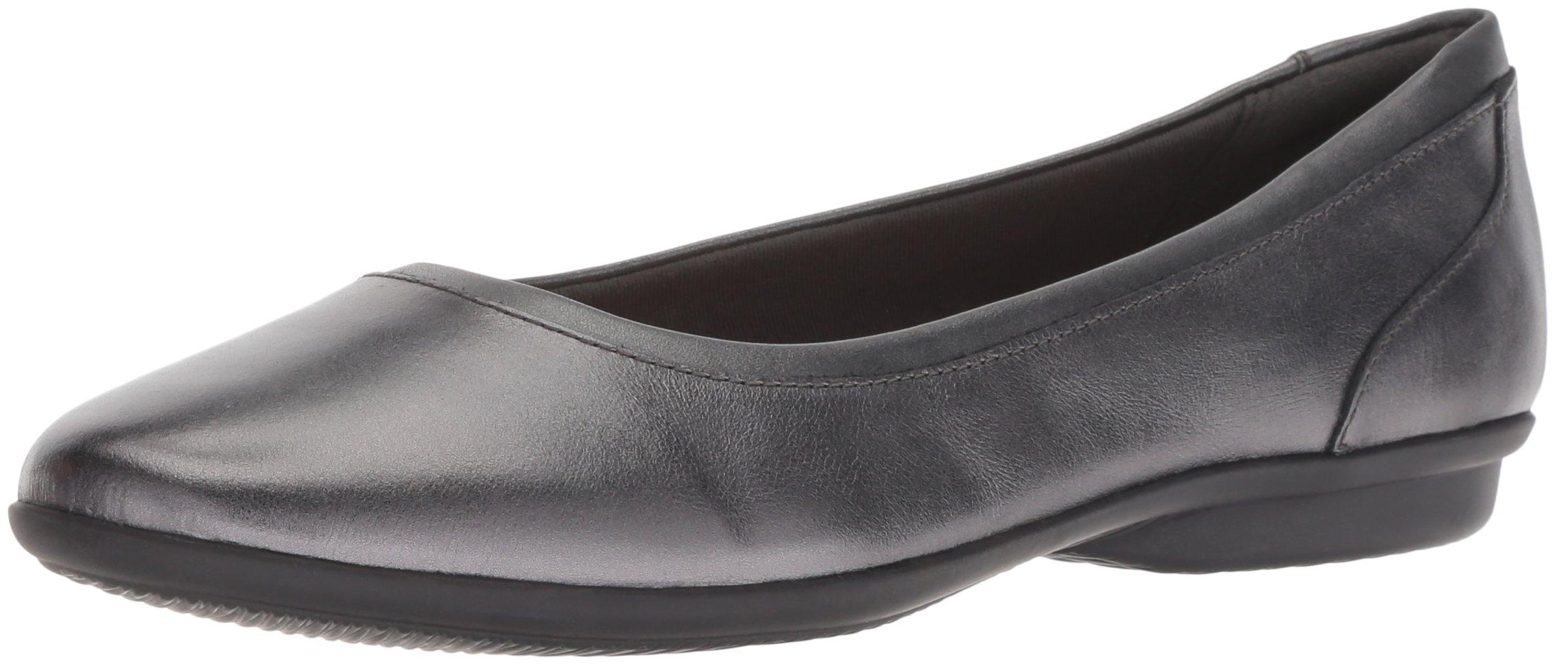 CLARKS Women's Gracelin Mara Ballet Flat, Gunmetal Leather, 120 M US