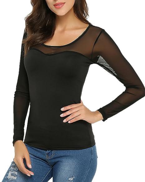 Blusa transparente casual con escote y espalda al aire.