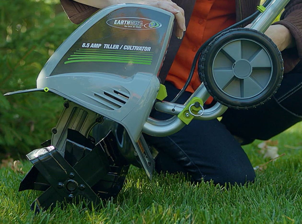 Earthwise TC70001 11-Inch 8.5-Amp Corded Electric Tiller/Cultivator by Earthwise (Image #6)