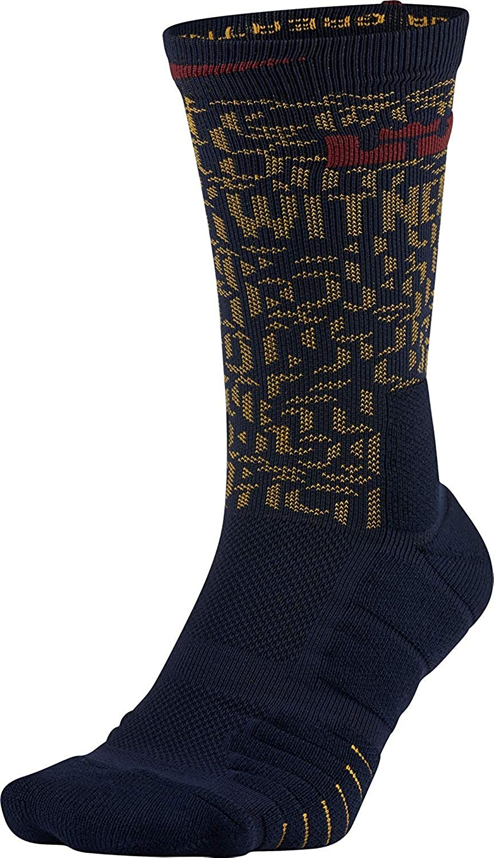 6471624f3858 Amazon.com  Nike Men`s Elite LeBron Quick Basketball Crew Socks  Sports    Outdoors