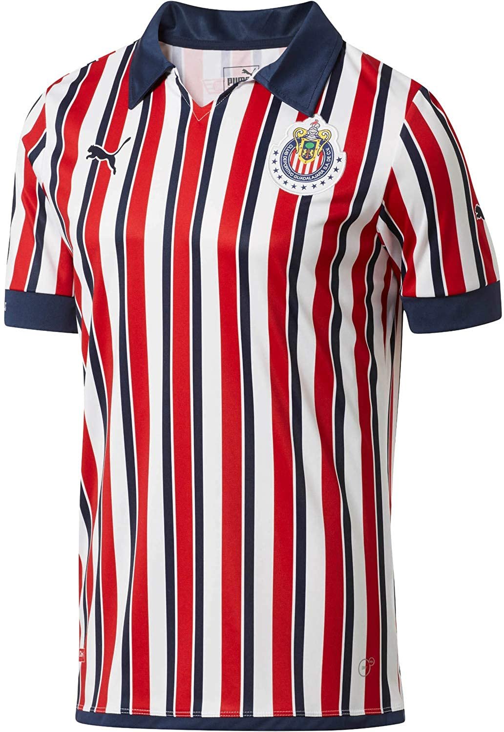 new product 09a18 2e587 Amazon.com: PUMA Chivas Home Mundial de Clubes Jersey 2018 ...