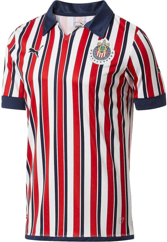 new product 261d3 c0ba5 Amazon.com: PUMA Chivas Home Mundial de Clubes Jersey 2018 ...