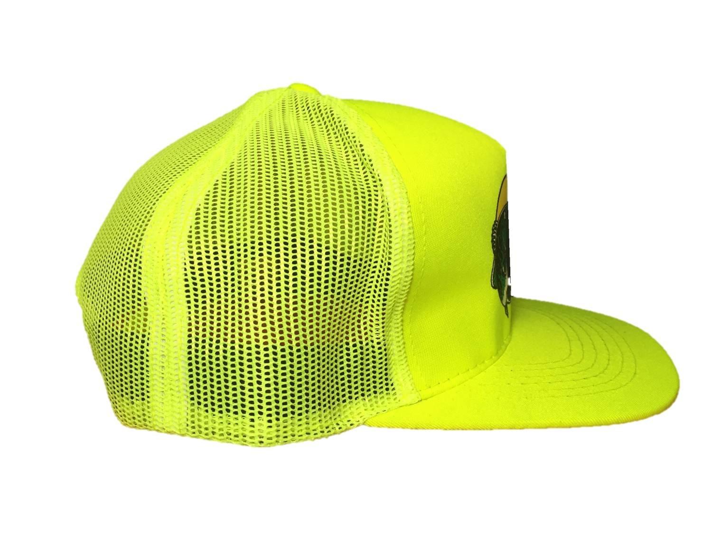 160b433d2bb76 Amazon.com  Authentic Bass Pro Mesh Fishing Hat - Khaki