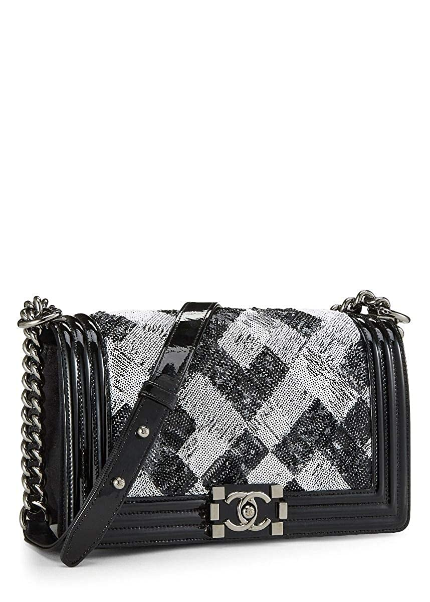3cacebd11a CHANEL Black Patent Leather   Sequin Boy Small (Pre-Owned)  Handbags   Amazon.com