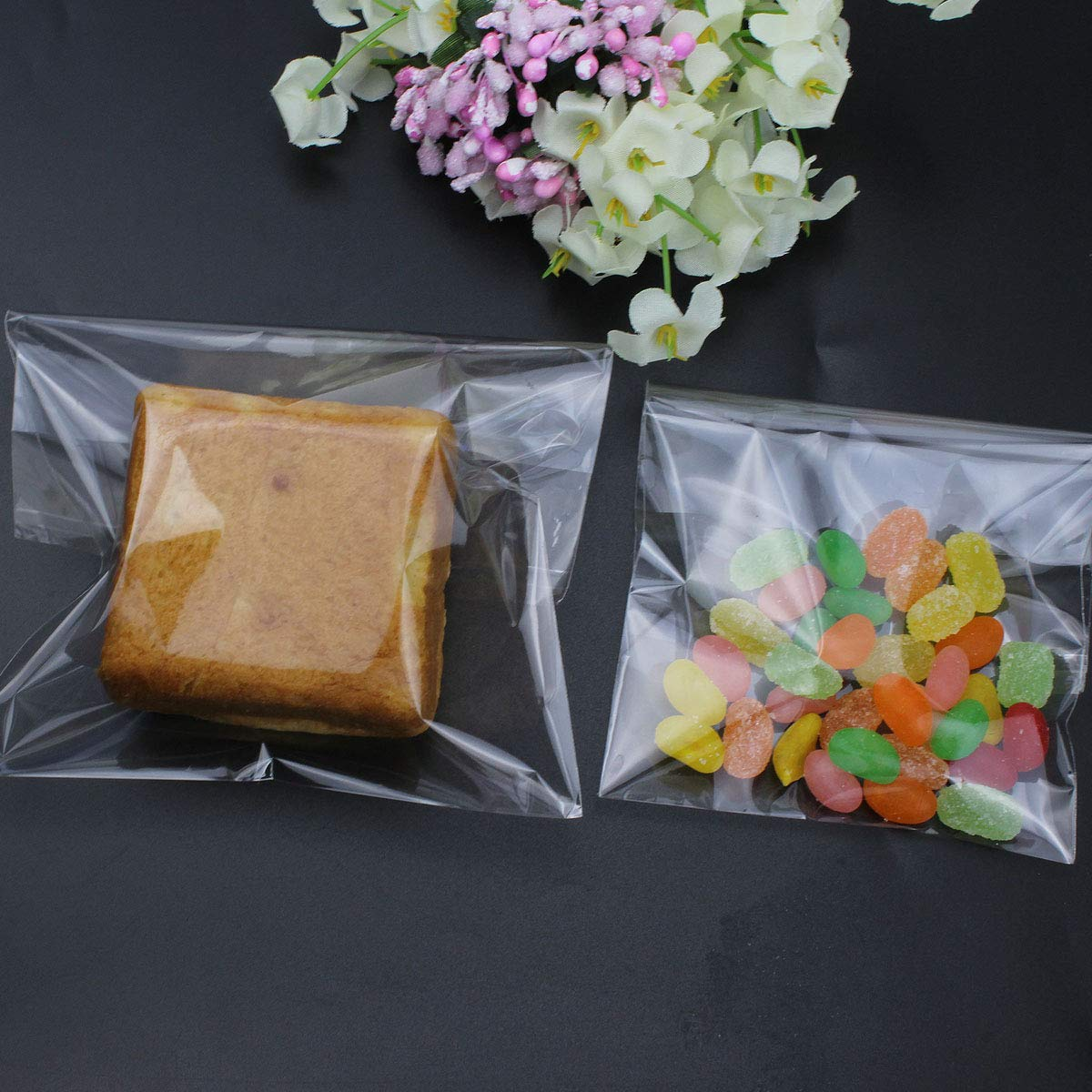 Bread Cookie 4 x 6inch and 5 x 7inch SelfTek 300Pcs Resealable Cello Bags 2 Sizes Clear Bakery Bags for Candy Chocolate