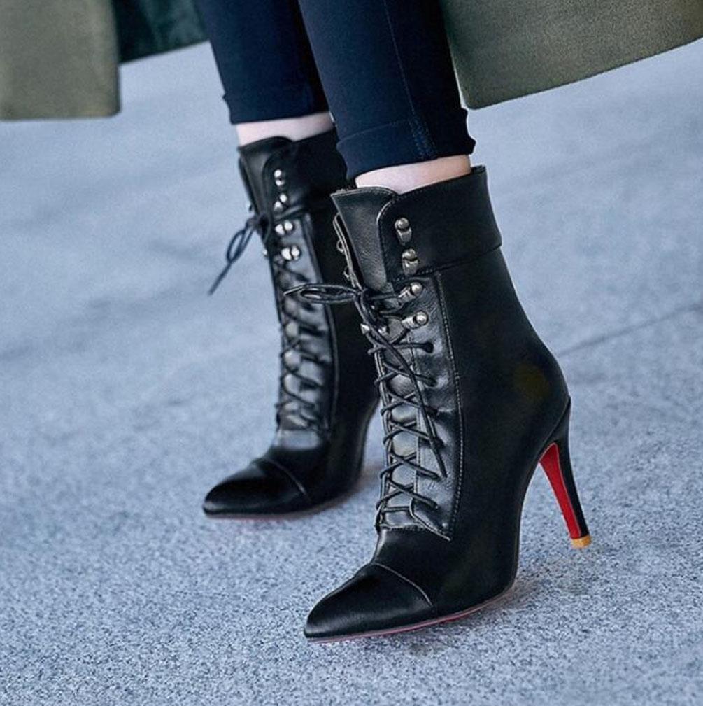 CYMIU Damen Damen Damen Stiletto Feine High Heel Kurze Stiefel Herbst Und Winter Künstliche Kurze Plüsch Spitz Lace-Up Metallknopf Nähen Große Größe Stiefel b4d433