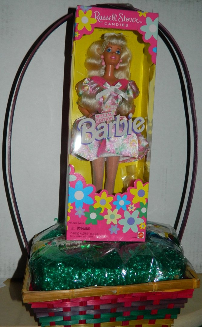 Barbie Easter Mattel K8895