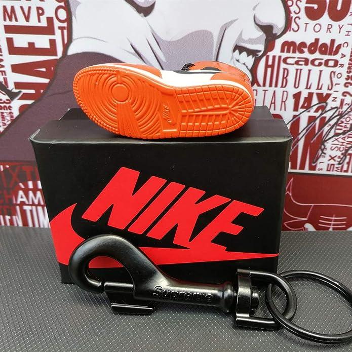 Amazon.com: Mosquito-MI - Llavero de zapatillas 3D para ...