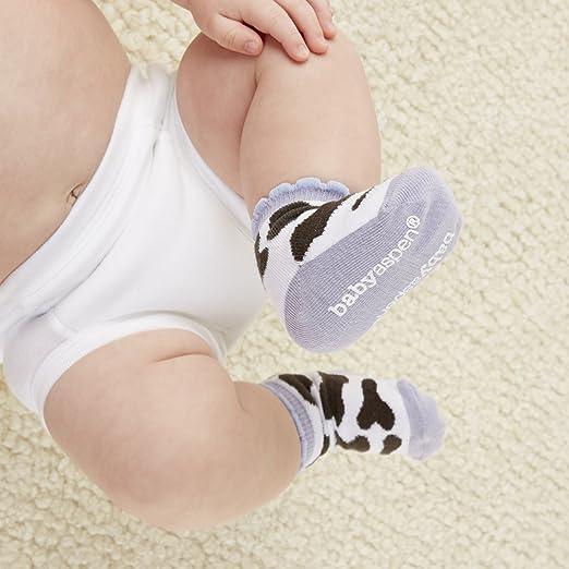 Amazon.com : Baby Aspen Farm Bundle of Cow Hooded Towel and Farm Socks : Baby