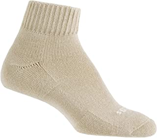 product image for Thorlos Women's Thin Cushion Everyday Outdoor Quarter Socks, Pair
