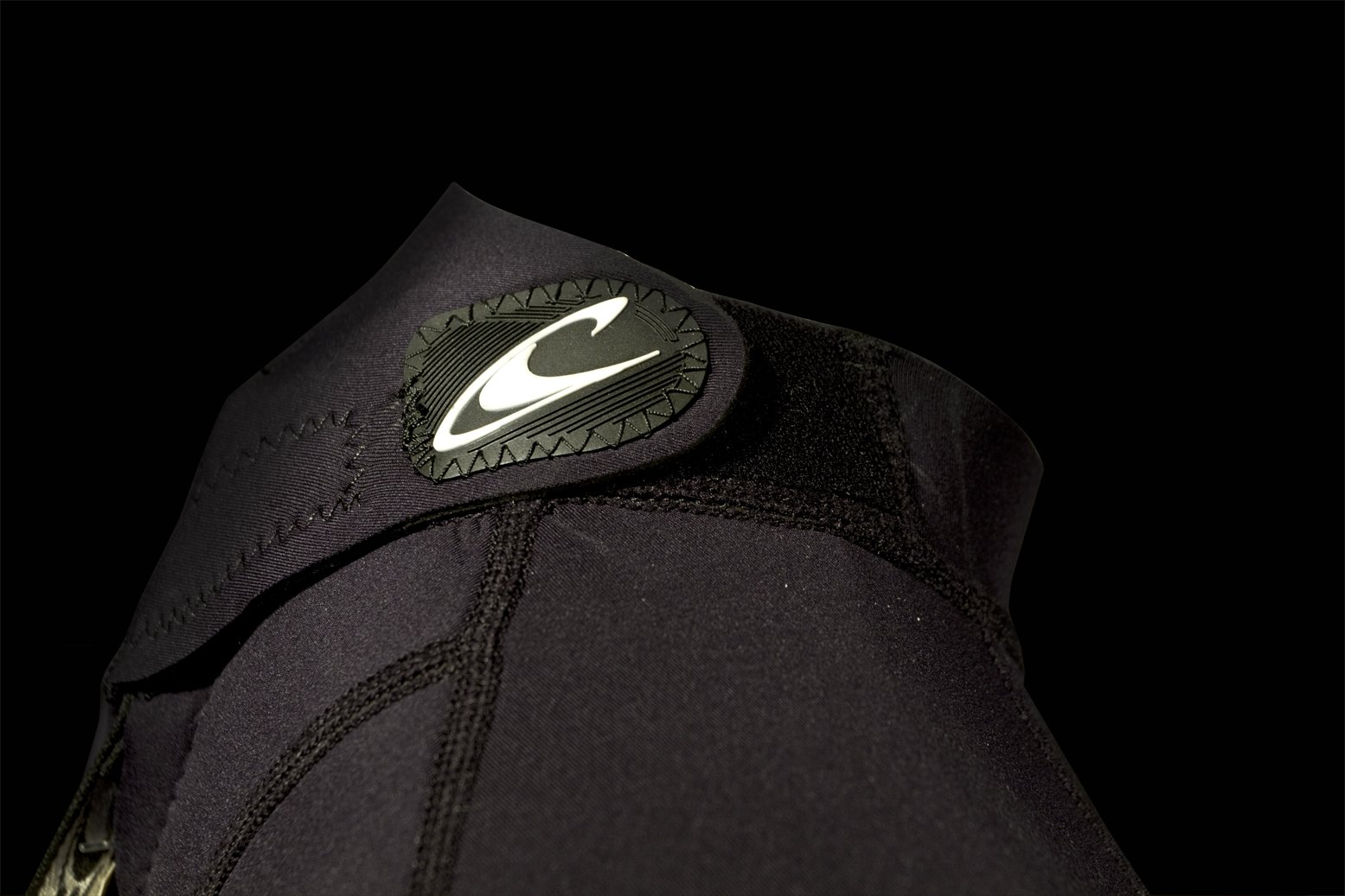 O'Neill Youth Reactor 3/2mm Back Zip Full Wetsuit, Black/Pink/Graphite, 8 by O'Neill Wetsuits (Image #5)