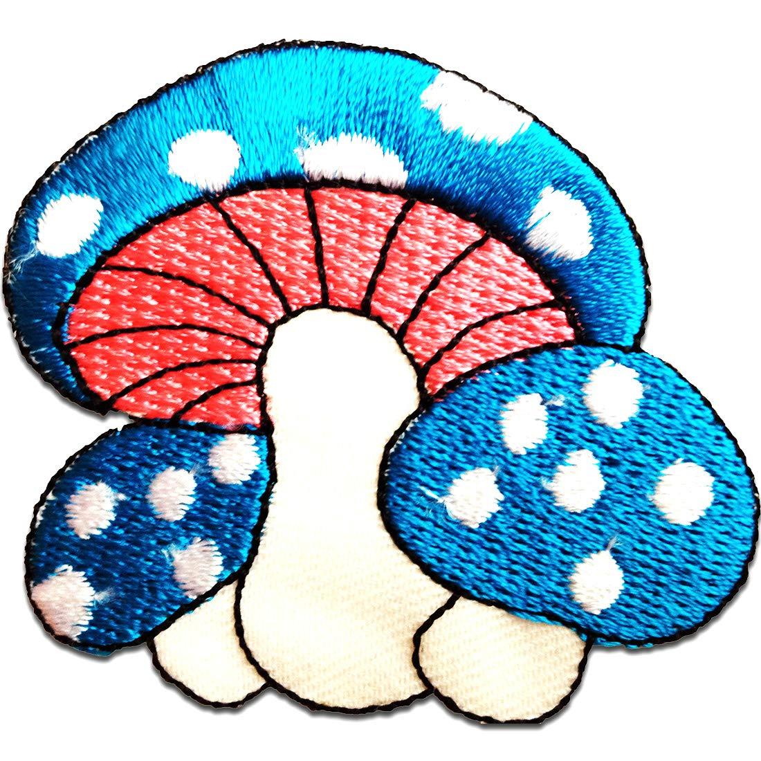 Patches Aufbügeln Aufnäher // Bügelbild 6,5 x 5,5 cm weiß Pilz