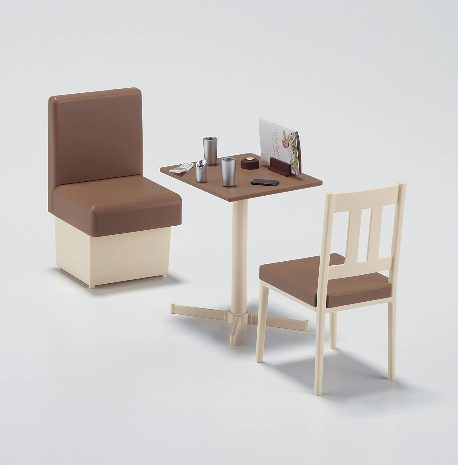 Restaurant table and chairs - Amazon Com Hasegawa 62007 1 12 Family Restaurant Table Chair Toys Games