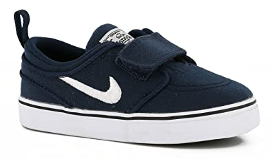 finest selection a3f9c 49d92 Amazon.com   Nike SB Stefan Janoski Skateboard Toddler Boys Shoe  Obsidian White Black (8c US Toddler)   Sneakers