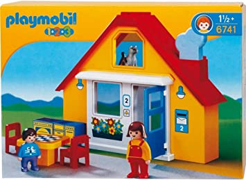 Amazon.com: Playmobil Casa de la familia: Toys & Games