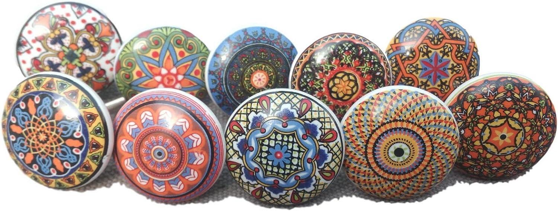 10 tiradores vintage de cerámica con distintos diseños