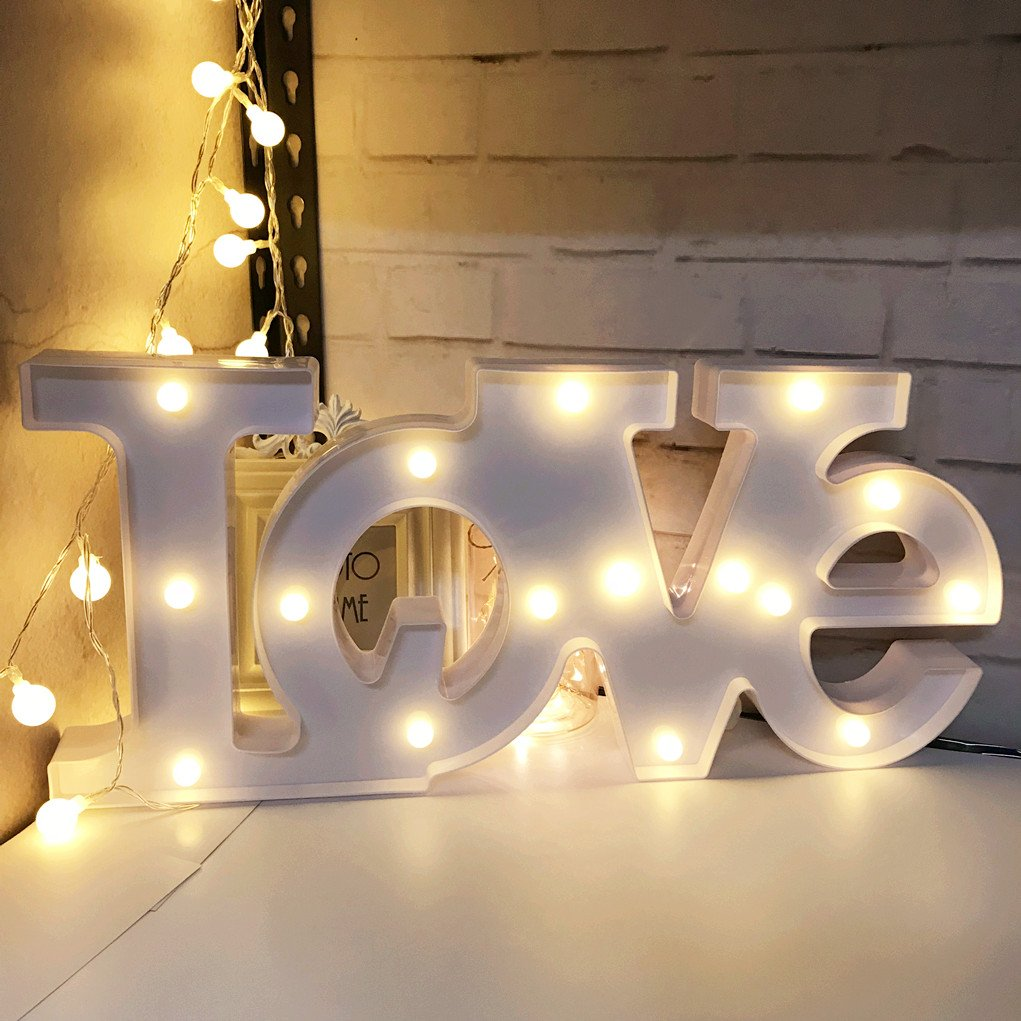 QiaoFei 3D Big Love Light,20 Inch Wide LED plastic Love Shaped Sign-Lighted Marquee Love Sign Wall Decor for Chistmas,Birthday party,Kids Room, Living Room, Wedding Party Decor(White)