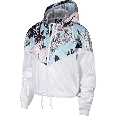 c37e4fb24dd9 Amazon.com  Nike Women s Windrunner Windbreaker Jacket