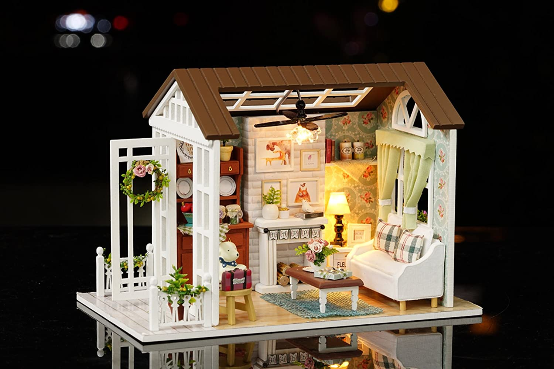 DIY Wooden Miniature Dollhouse Kit Handmade Dolls Room Kit /& Furniture with LED Light Music Box