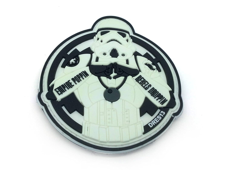 Empire Poppin Rebels Droppin Stormtrooper Blanco Brillo en la Oscuridad PVC Parche Patch Nation