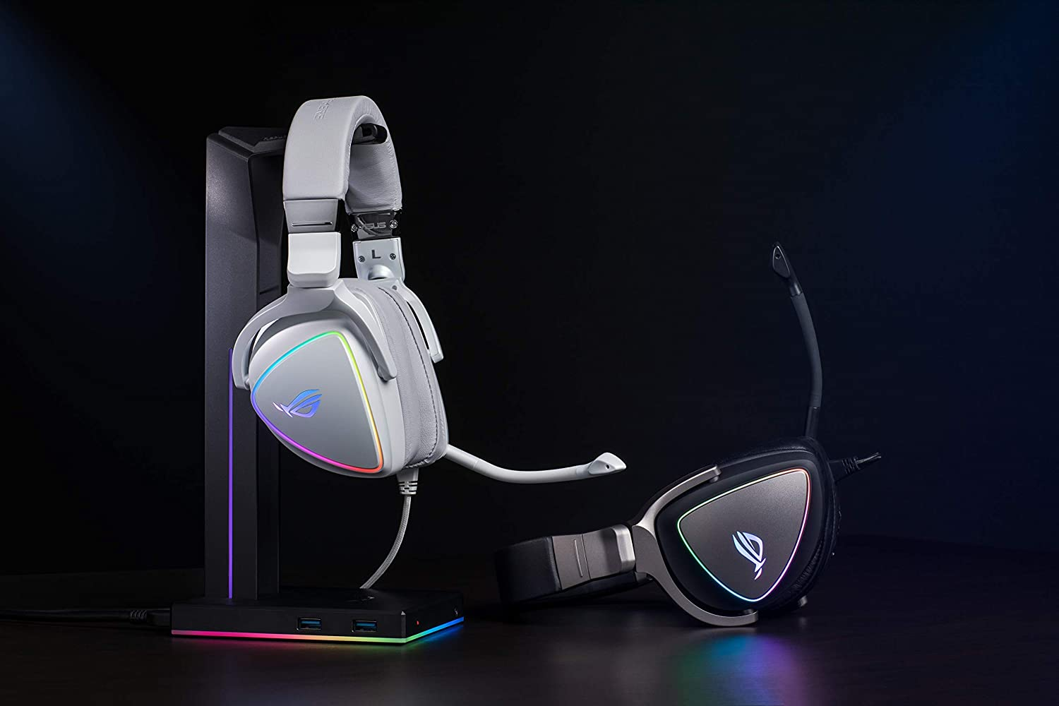 Circular RBG Lighting Effect and USB-C Connector for PCs ASUS ROG Delta RGB Gaming Headset with Hi-Res ESS Quad-DAC Consoles and Mobile Gaming