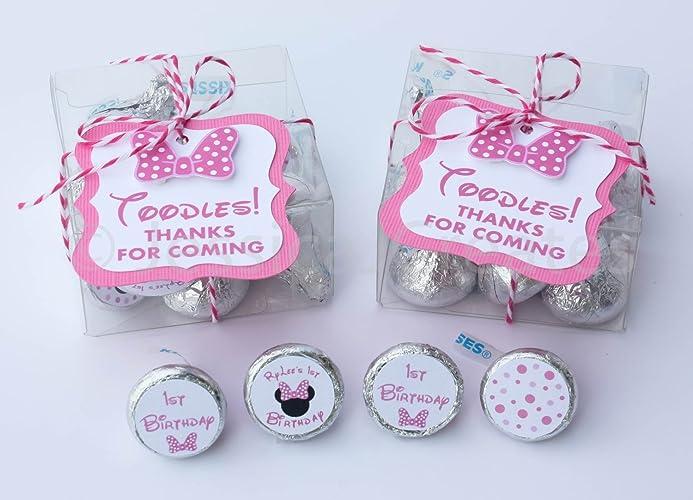 Amazon Com Minnie Mouse Party Favors Party Favor Kit Minnie