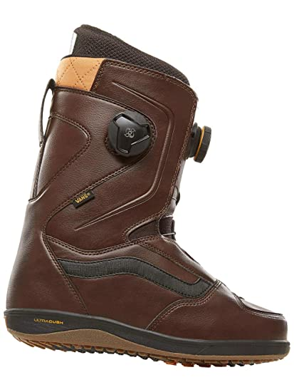 a191008b5aed9a Amazon.com   Vans Aura Pro Men s Snowboard Boots   Sports   Outdoors