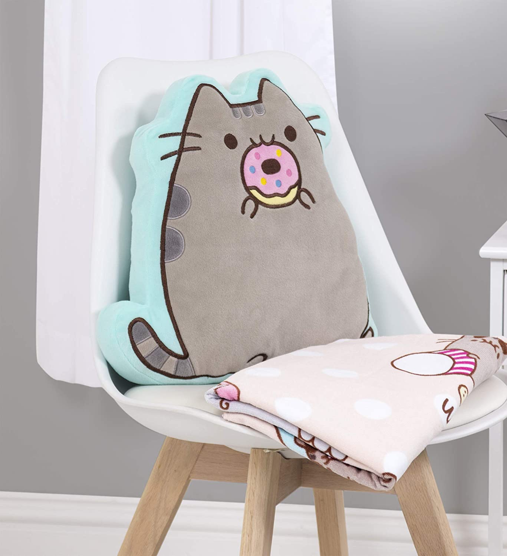 Character World Pusheen Doughnut Shaped Cushion