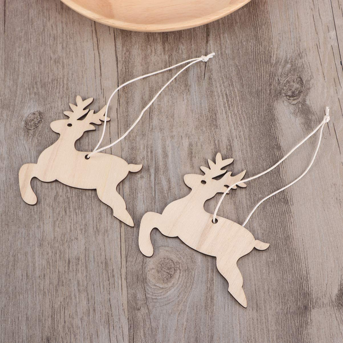 Amosfun 10pcs Hanging Wooden Christmas Tree Decorations Ornaments Wood Tags Unfinished Wood Cartoon Reindeer Cutouts Shapes Wooden Slices for DIY Craft Painting
